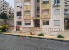 شقة فارغة للايجار في ضاحية الرشيد خلف فندق القدس مباشرة