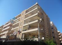 شقة واجهه  بحري 95م مسجلة في شاطئ النخيل في شارع رئيسي