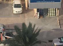 للبيع محل في اقوى ش في خيطان ش النادي بجانب كشري ابو طارق