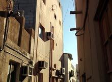 بناية في المحرق للبيع