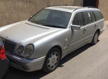 Mercedes Benz E 320 2000 For sale - Grey color