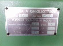 مخارط ثنايات ومعدات ورش ايطاليه الصنع مستعمله بحاله جديد تبدأ الاسعار حسب القطعه