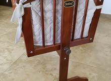 Baby bed/crib with mattress and bed sheets