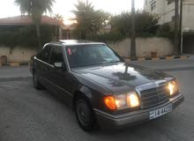 Gasoline Fuel/Power   Mercedes Benz E 200 1990