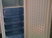تم البيع… . فريزر عمودي ماركة نيكاي freezer