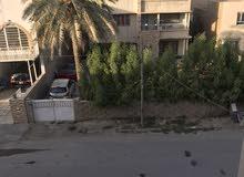 شقه الايجار حي المهندسين مساحته 200متر