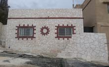 مطلوب تكسي للبدل على بيت مستقل بالزرقاء.
