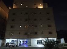 شقة للايجار بحالة ممتازة بحي الصفا  عيادة خلف عبد اللطيف جميل للعلاج الطبيعي