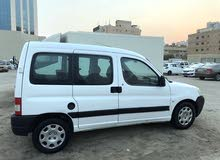 Manual Peugeot 2009 for sale - Used - Hawally city