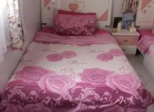 غرفة نوم بناتي للبيع