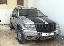 +200,000 km Jeep Grand Cherokee 2005 for sale