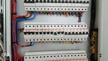 نحن شركة مقاولات كهرباء توصيلات مياه وكهرباء مؤقت ودائم لمشاريع الفلل