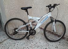 دراجة مستعملة اصلية. امورها تمام فى الطريق كويسة تبى خيط المرشات فقط رقمها 26