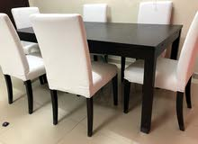 @throw away price Dining Set with 6 beautiful chairs near and clean white