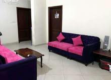 مطلوب شخص لمشاركة سكن السالمية شارع المطاعم عمارة حديثة شقة واسعه 3 غرف 3 حمامات