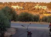 للبيع بيت في سيحان مساحه 300 متر جميل مرتفع مطل جميع الخدمات متوفره