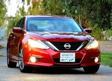 Maroon Nissan Altima 2016 for sale