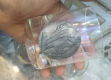 ثلاث كاسات زجاج نفخ اوبلين مع عمله رصاص قديمه بي 400 درهم