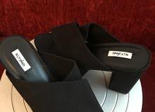 أحذية نسائية جديدة غير مستخدمه