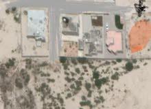 ارض سكنية 640   متر  في منطقة الشراكسة  مصراتة قريب على الطريق حوالي 1kعن الطريق