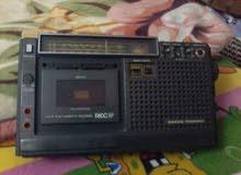 مسجل راديو  بحالة ممتازة