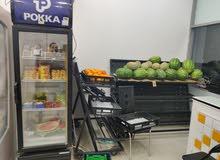 استاندات او طاولات عرض للبيع تصلح للمحلات