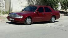 مرسيدس E230 موديل 1990 للبيع