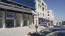 خلدا - امتداد شارع الجاردنز- بالقرب من إشارات البشيتي (العساف) - مجمع القدس