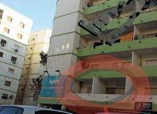 شقه للبيع في شارع جمال عبد الناصر بحاله جيده
