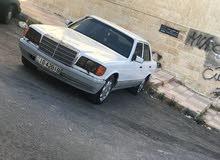 مرسيدس 300 موديل 1990
