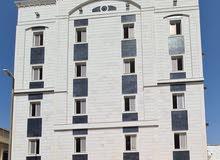 شقه 5 غرف بمنافعها حي المروه 3 شمال شارع حراء