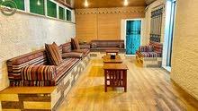 شقة ارضية فاخرة للبيع في الصويفية 190م مع حديقة وترسات 400م تشطيب سوبر ديلوكس