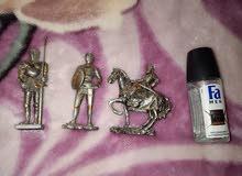 تماثيل معدنيه رائعة .. لفرسان من العصور الوسطى