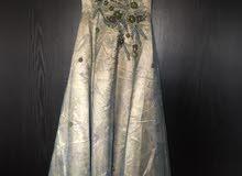 فستان خطبة لبسة واحدة فقط للبيع