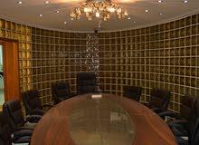 مكتب فاخر في شارع مكة للإيجار