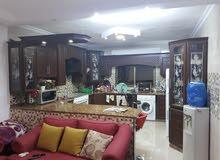 شقه للبيع في الزرقاء-ضاحيه المدينه المنوره (خلف مسجد احمد ياسين)