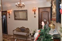 شقة للبيع في لوران 195 متر