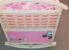 سرير اطفال خيرزان للبيع