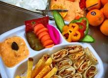 معلمين  شاورما و عربي لمطعم في البقعة
