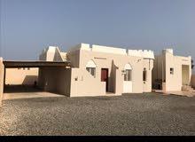 منزل للرحلات.. 3 غرف نوم صاله  مطبخ  3 دورات مياه  مجلس 12 ف 5 متر ومظلة تشيل سي