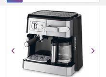 آلة صنع القهوه من ديلونغي صنع ايطالي جيده مستعمله اقل من اسبوع