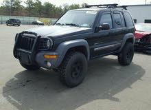 السلام عليكم Jeep ليبرتي 2003 معدله من برا