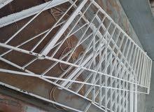قرقطون حديد إستعمال نظيف للبيع 1000دينار كاش او شيك 1300