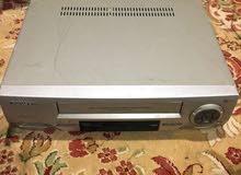 جهاز فيديو شريط كبير VHS