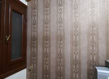 فنى تركيب ورق جدران وباركية