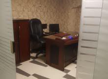 مكتب راقي جدا للبيع او البدل بشقه فالقاهره على نفس المستوى والمساحه والتشطيب