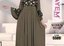 فستان ...