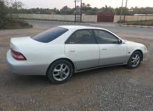 White Lexus ES 2000 for sale
