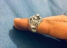 خاتم فضة على شكل أسد