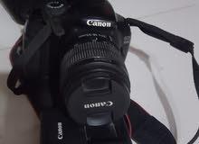 كاميرا كانون 1100 D